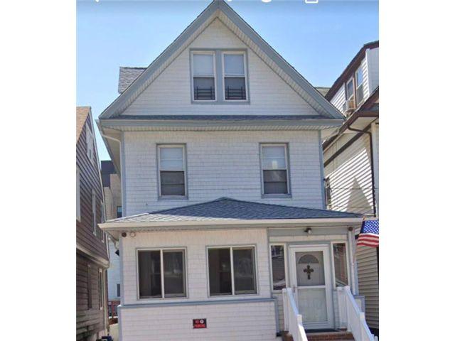 2 BR,  1.00 BTH Multi-family style home in Far Rockaway