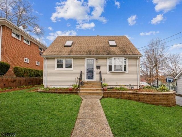 3 BR,  3.00 BTH  Cape cod style home in Nutley