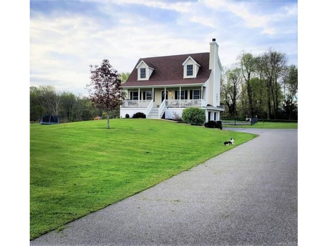 [Montgomery Real Estate, listing number 6986946]