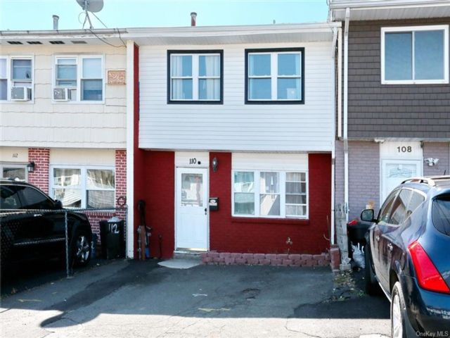 3 BR,  2.00 BTH Townhouse style home in Haverstraw