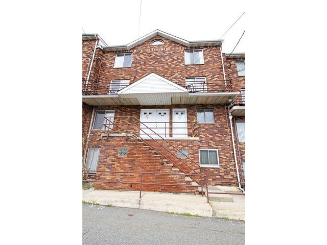 2 BR,  1.00 BTH Condominium style home in Grasmere