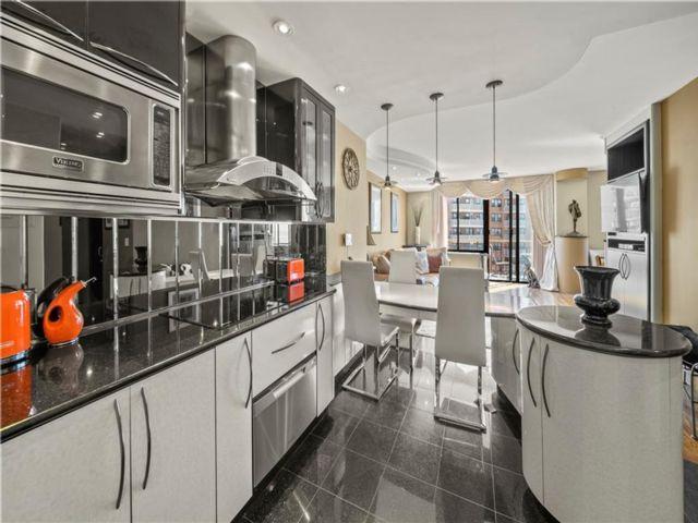 [Brighton Beach Real Estate, listing number 6987614]