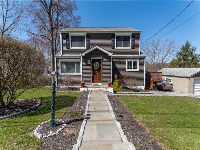 3 BR,  2.00 BTH Cape style home in Cortlandt