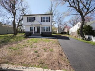 3 BR,  2.50 BTH Colonial style home in Cliffwood Beach