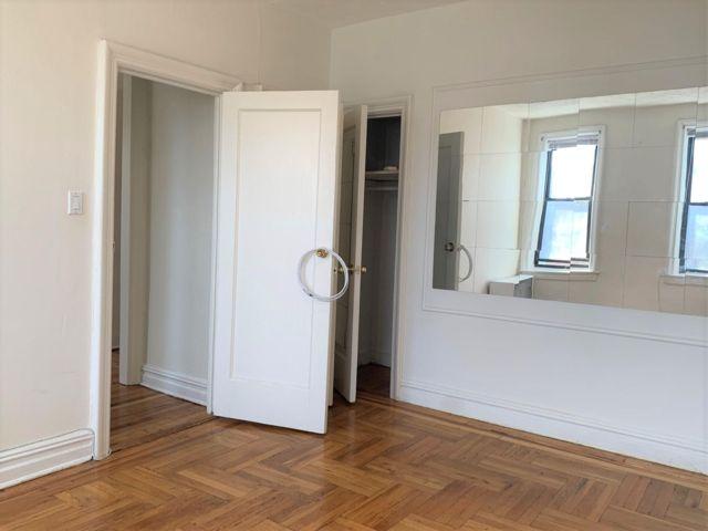 Studio,  1.00 BTH Apartment style home in Bensonhurst