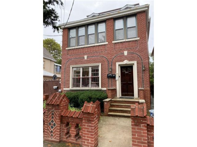 2 BR,  1.00 BTH  Multi-family style home in Sheepshead Bay