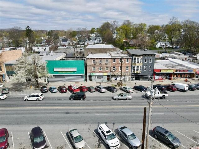 Studio,  0.00 BTH Commercial style home in Newburgh City
