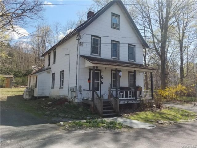 4 BR,  2.00 BTH 2 story style home in Wawarsing