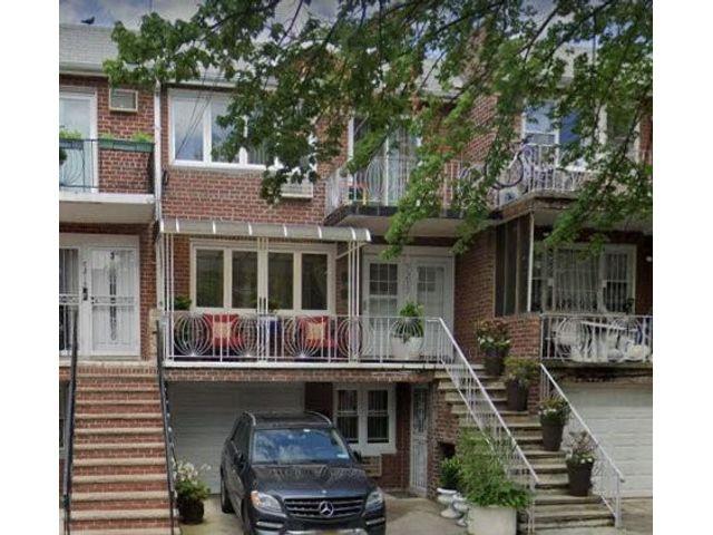 3 BR,  2.00 BTH Multi-family style home in Bergen Beach
