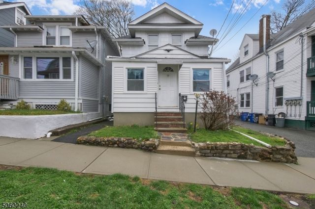 3 BR,  1.00 BTH Colonial style home in West Orange