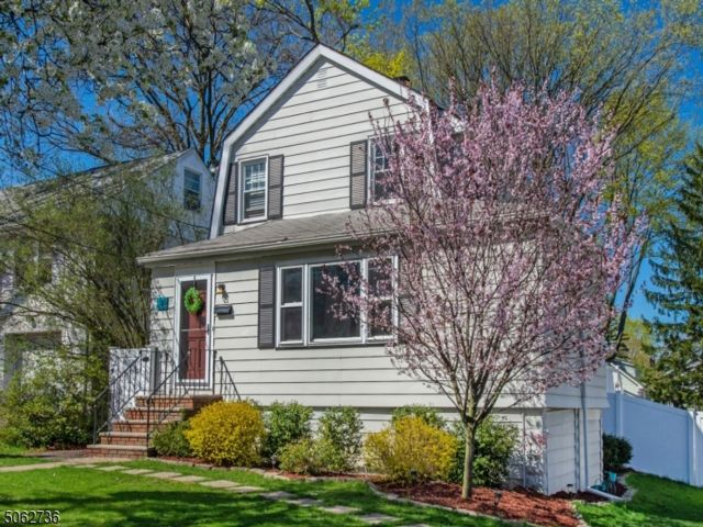 3 BR,  1.50 BTH Colonial style home in Verona
