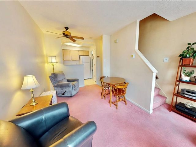 1 BR,  2.00 BTH Single family style home in Arden Heights