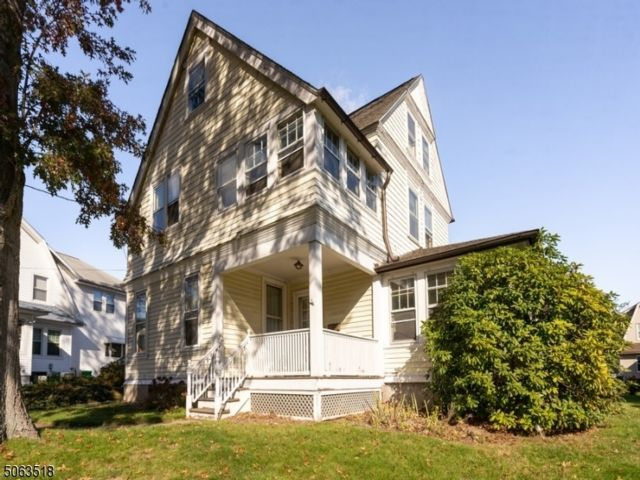 5 BR,  1.50 BTH Colonial style home in Nutley