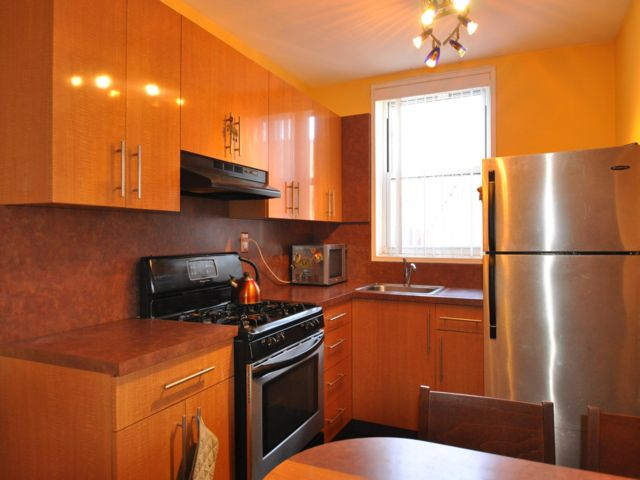 2 BR,  1.00 BTH Co-op style home in Gravesend