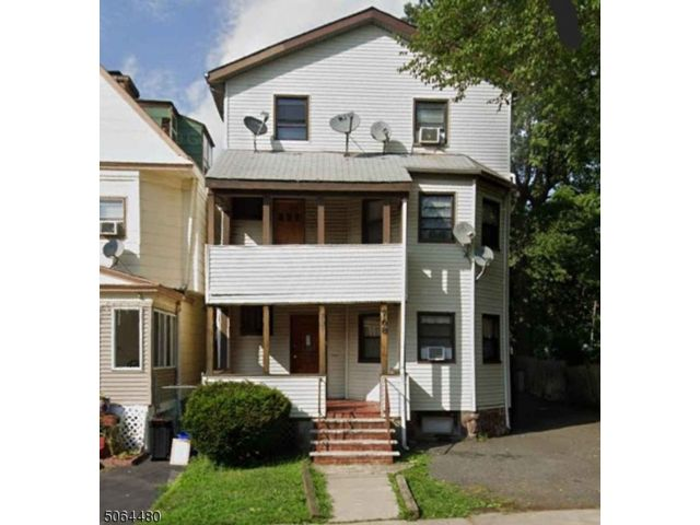 3 BR,  1.00 BTH House style home in East Orange