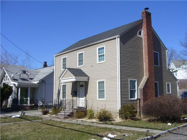 3 BR,  2.00 BTH Colonial style home in Ossining