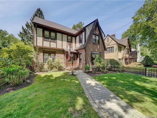 4 BR,  2.00 BTH Tudor style home in Mount Vernon
