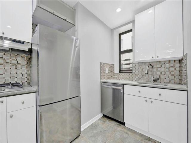 2 BR,  1.00 BTH Condominium style home in Ocean Hill