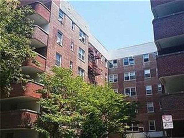[Midwood Real Estate, listing number 6988712]