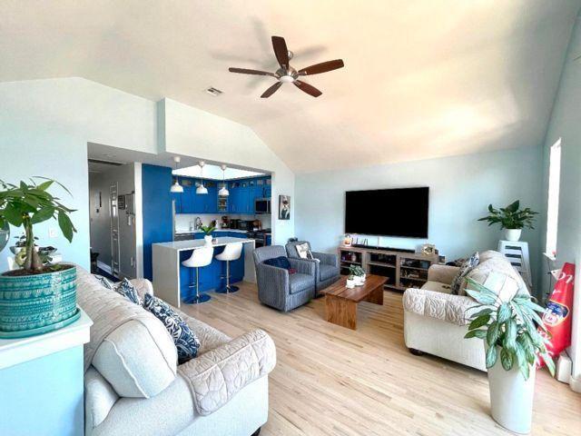 2 BR,  2.00 BTH Condo style home in Belle Harbor
