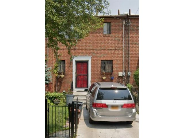 2 BR,  2.00 BTH Single family style home in Brownsville