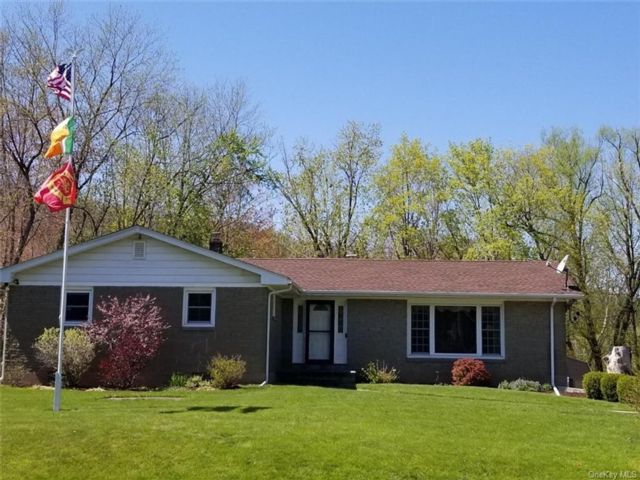 3 BR,  2.00 BTH Ranch style home in New Windsor