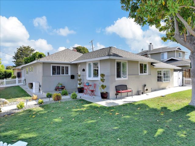 3 BR,  2.00 BTH Ranch style home in San Jose