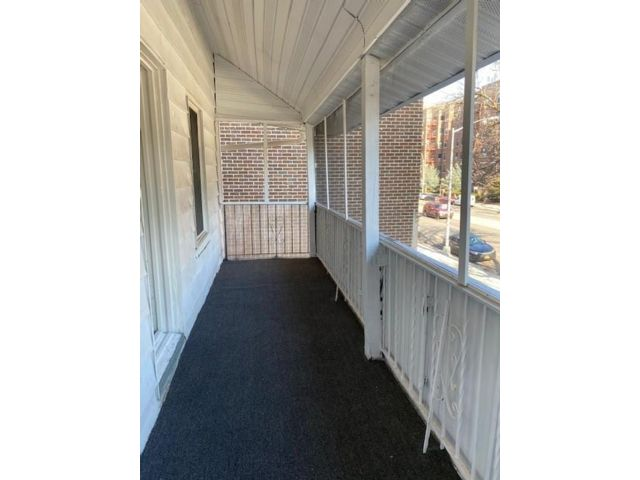 2 BR,  1.00 BTH  Single family style home in Midwood