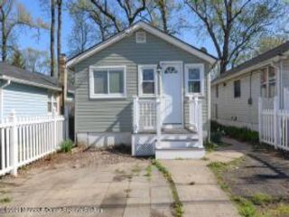 3 BR,  1.00 BTH Ranch style home in Keyport