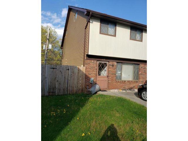 3 BR,  2.00 BTH Condominium style home in Arden Heights