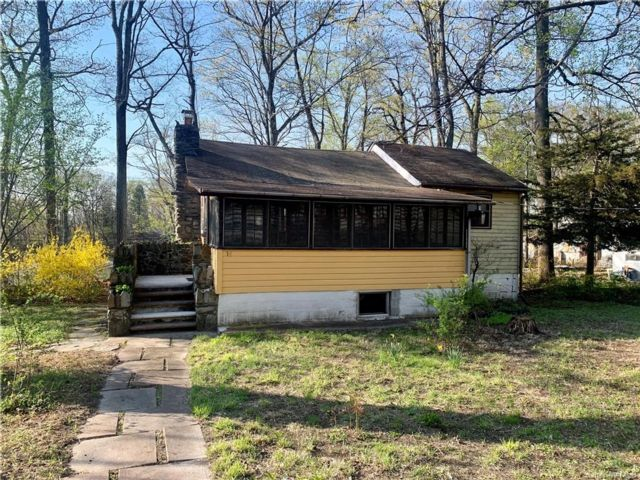 3 BR,  1.00 BTH Bungalow style home in Blooming Grove