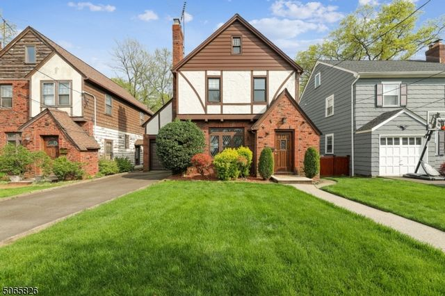 3 BR,  1.50 BTH Tudor style home in Bloomfield