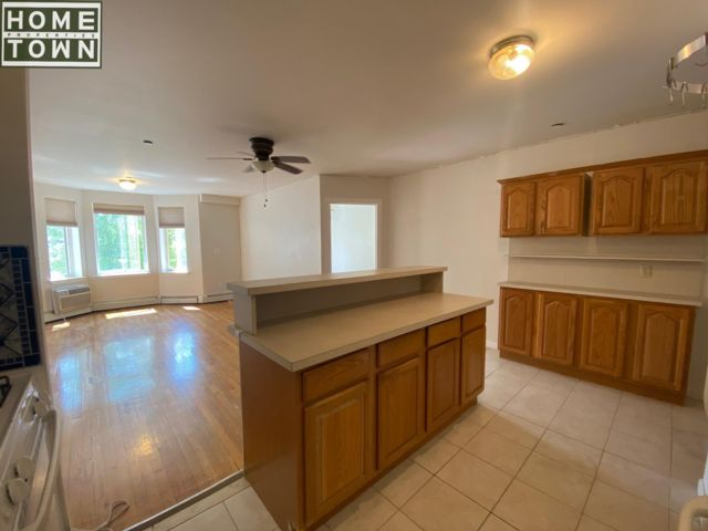 2 BR,  2.00 BTH Apartment style home in Park Slope