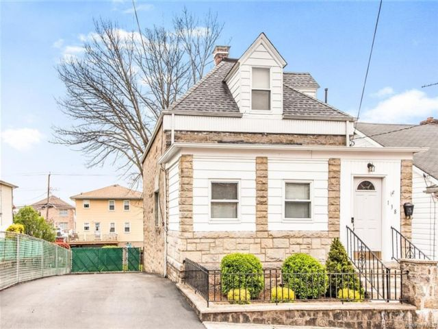 2 BR,  2.00 BTH Colonial style home in Yonkers