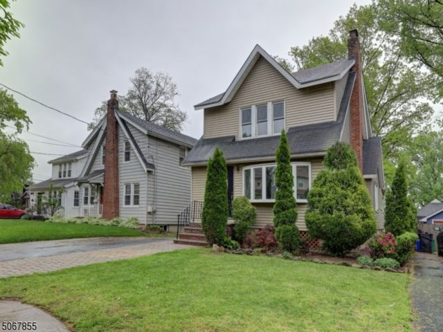 2 BR,  2.00 BTH Colonial style home in Nutley
