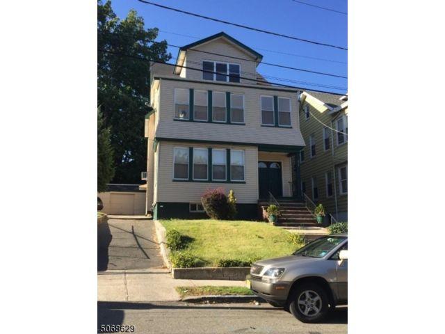 2 BR,  1.00 BTH House style home in Irvington