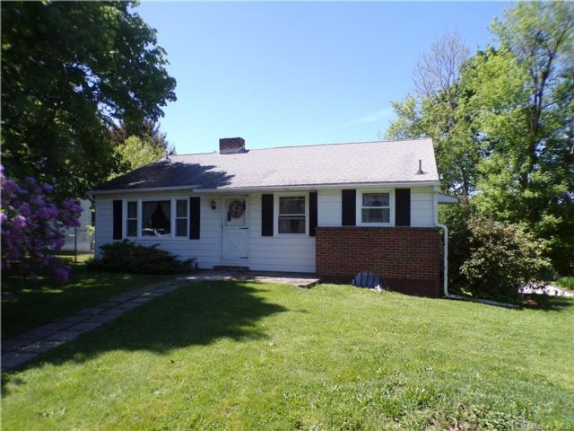 3 BR,  1.00 BTH Ranch style home in New Windsor