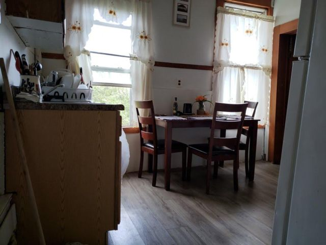 7 BR,  3.00 BTH Triplex style home in Paterson