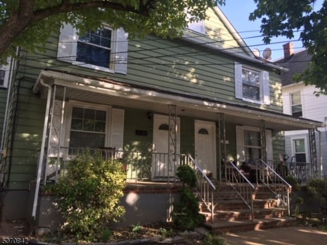 6 BR,  2.00 BTH Multi-family style home in Plainfield