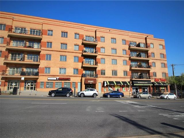 1 BR,  2.00 BTH Condominium style home in St. George