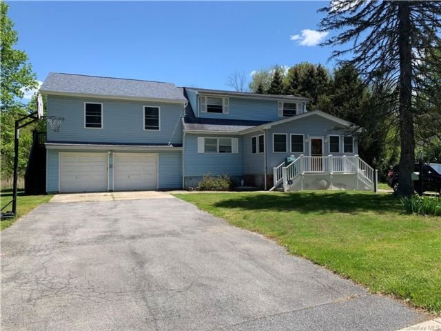 4 BR,  2.00 BTH Cape style home in Monroe
