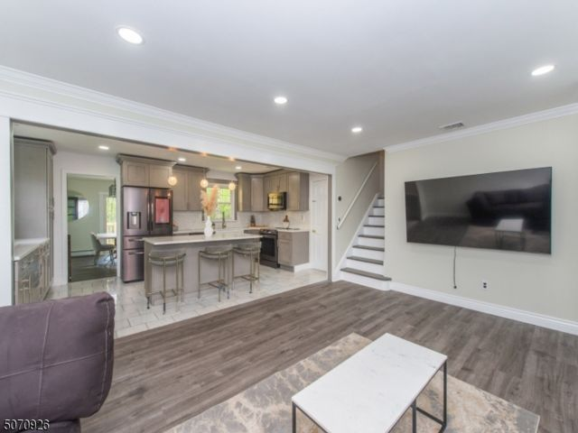 3 BR,  2.00 BTH Split level style home in Fairfield