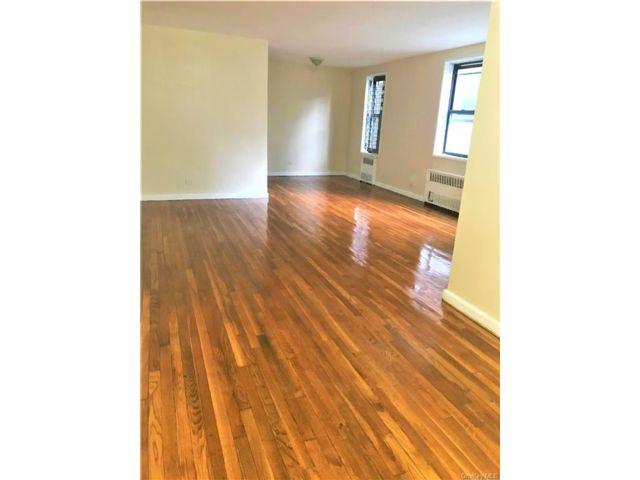 [Fordham Real Estate, listing number 6990822]