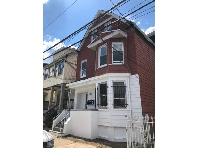 2 BR,  1.00 BTH Apartment style home in Newark