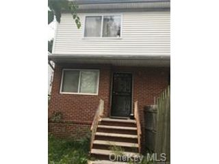 3 BR,  2.00 BTH House style home in Stapleton