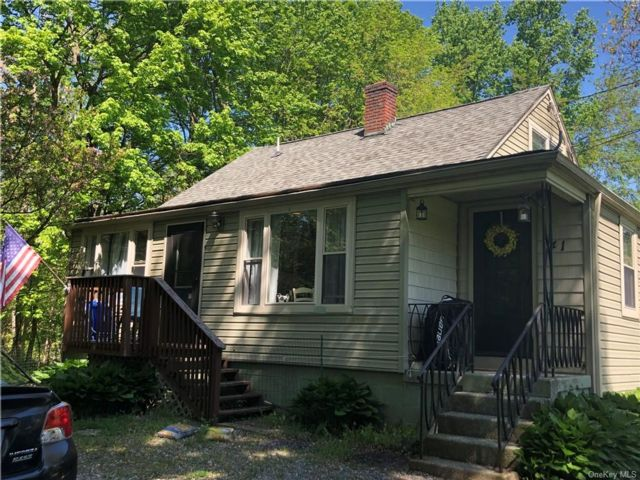 3 BR,  2.00 BTH Cape style home in Hyde Park