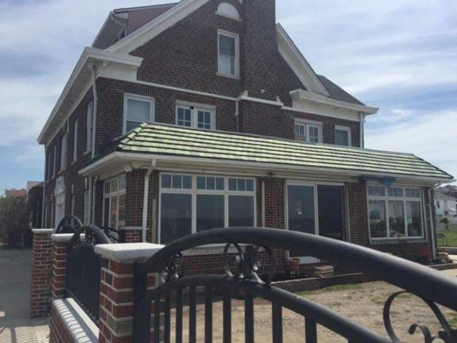 7 BR,  0.00 BTH Multi-family style home in Seagate