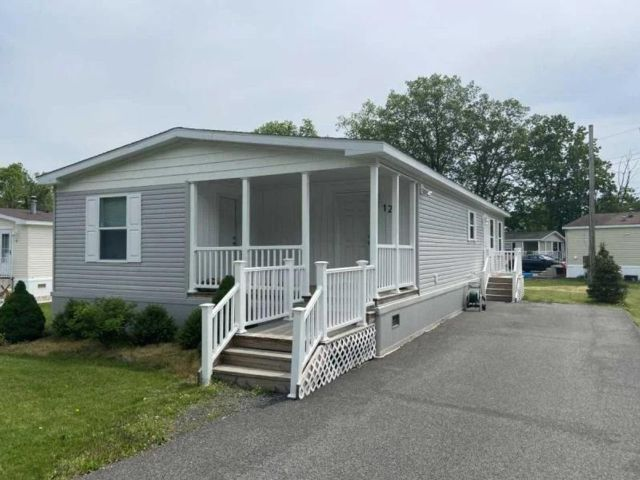 3 BR,  2.00 BTH Mobile home style home in Montgomery