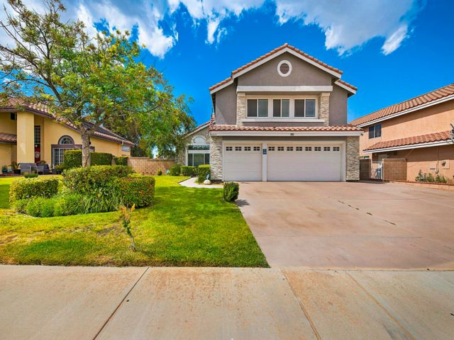 4 BR,  2.00 BTH  style home in Palmdale