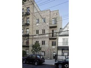 1 BR,  1.00 BTH  style home in Bronx